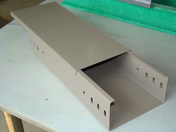 沃和热浸锌电缆桥架分析其槽式与组合的特点