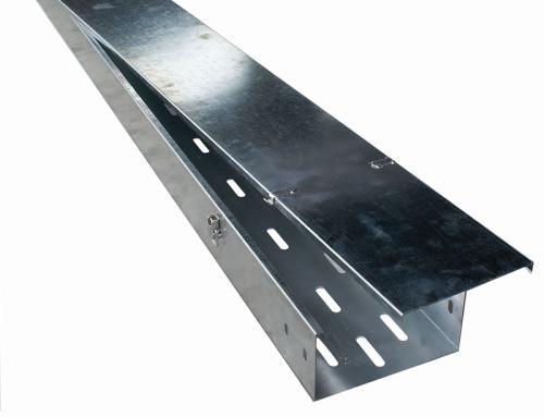 托盘式电缆桥架沃和分析其与槽式电缆桥架和梯式电缆桥架有何区别